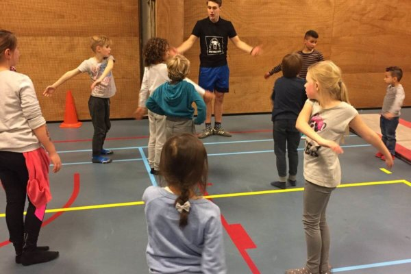 sport workshop breakdance kinderfeest